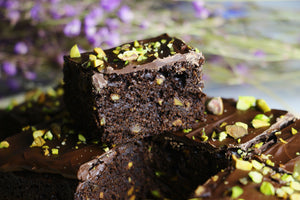 Classic Carl | Pistachio Dark Chocolate Brownies (~16 slices)