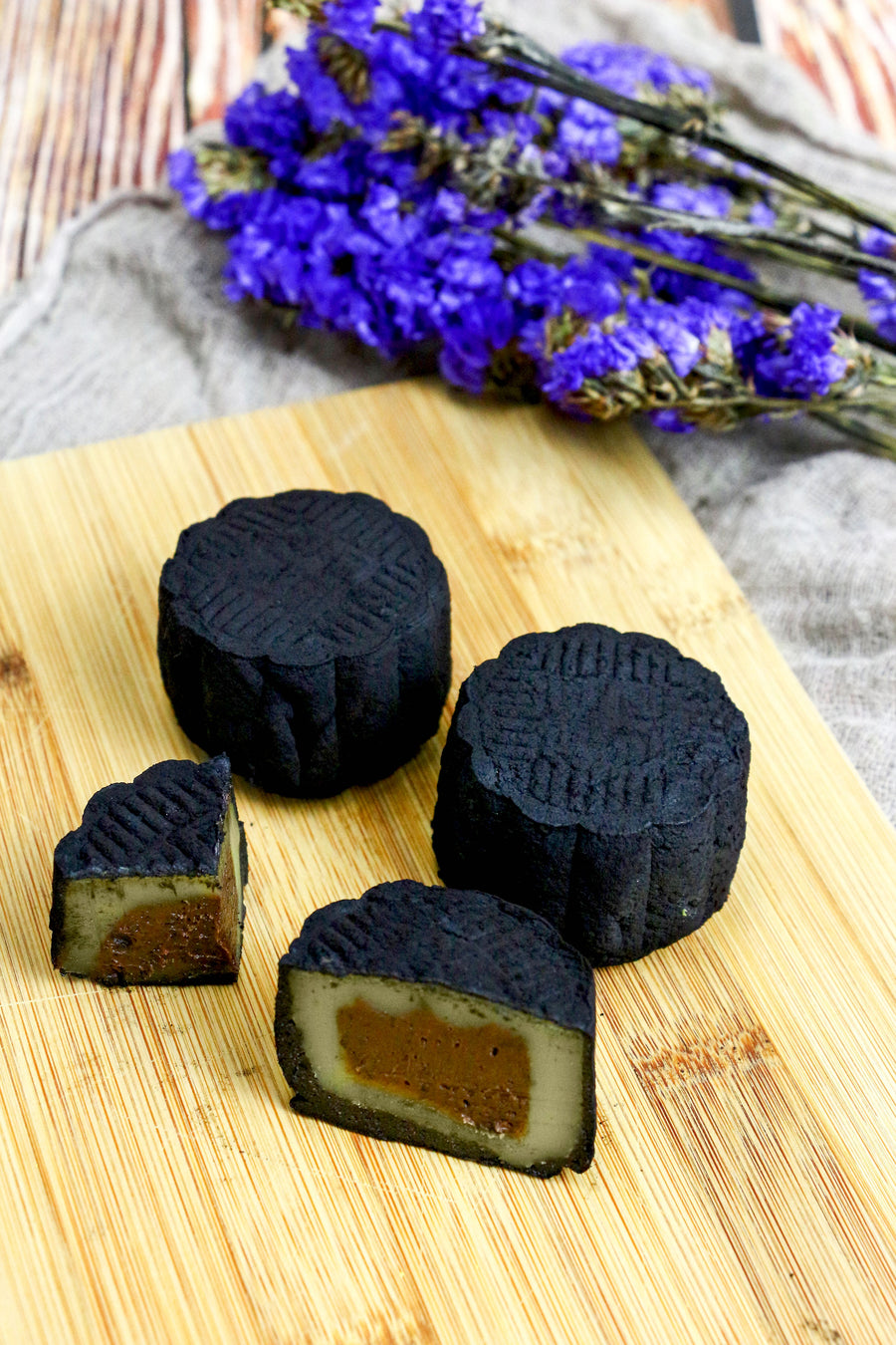 Earl Grey Dark Chocolate Truffle Snowskin Mooncakes | makes 15 pieces (preorder)