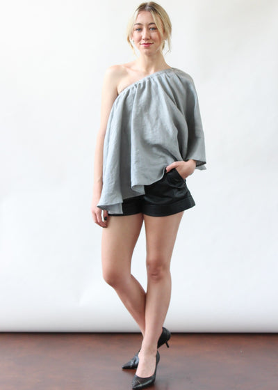 ELIZABETH Lydia Top in SC Grey | Tulas Online Boutique