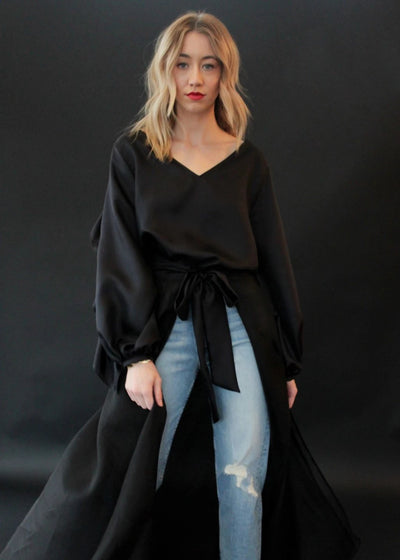 ELIZABETH Ruffle Back Top in Black