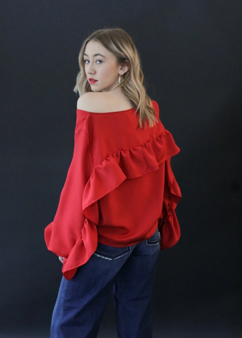 <h1>ELIZABETH Ruffle Back Top in Red</h1>