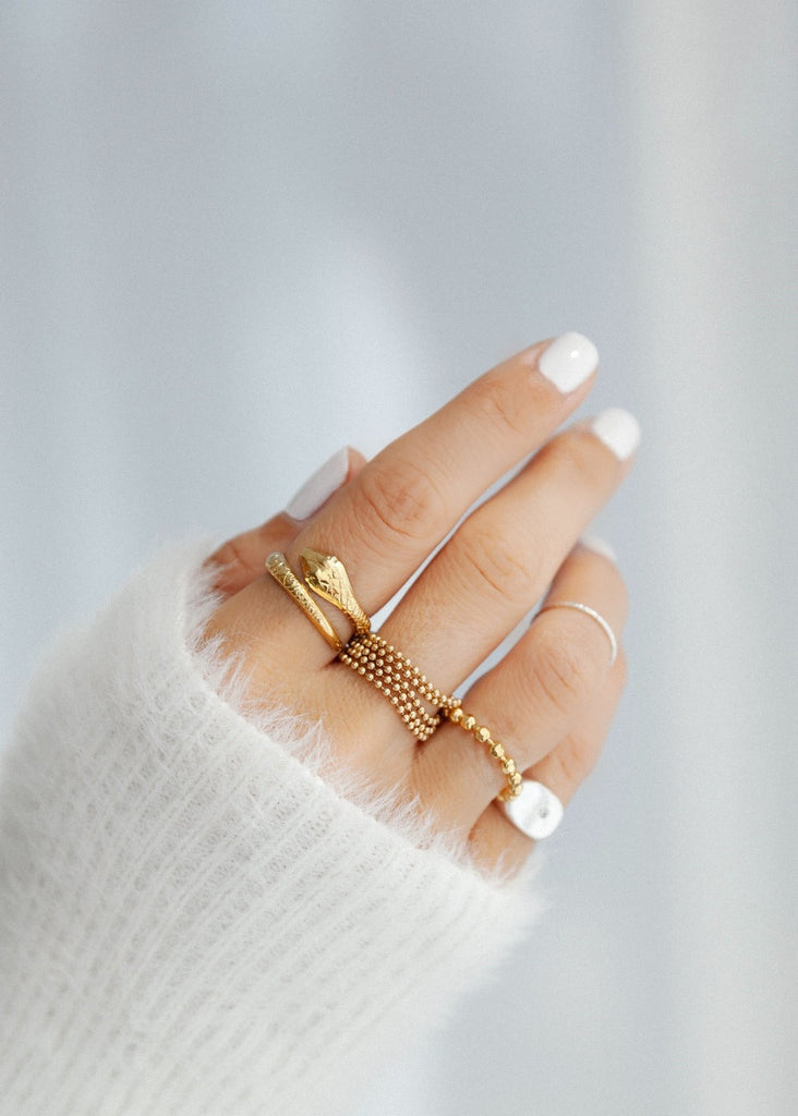 Miranda Frye London Ring in Gld | Chic Online Boutique