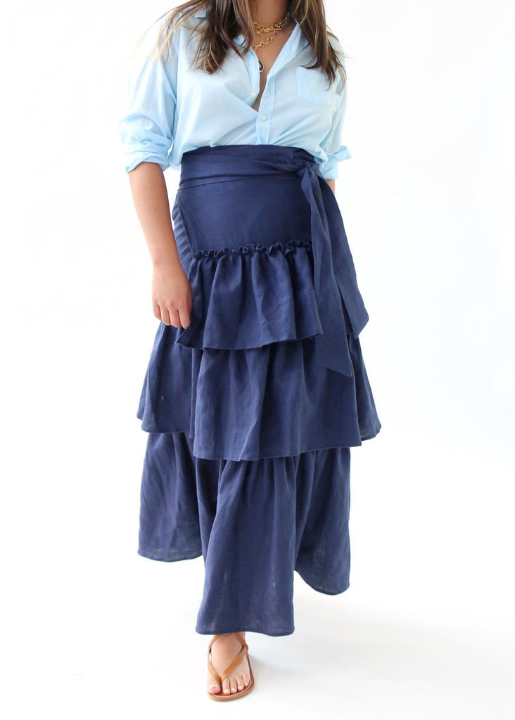 ELIZABETH Carrie Skirt in Nvy | Tula's Online Boutique