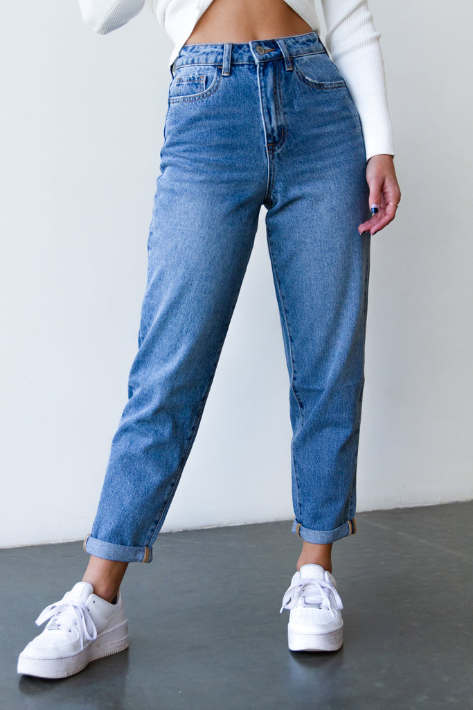 The Lilia Relaxed Mom Jeans By Nectar Premium Denim