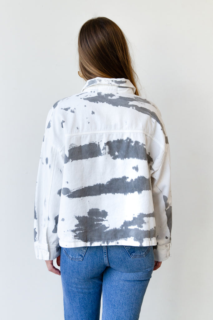 grey and white tie dye jacket
