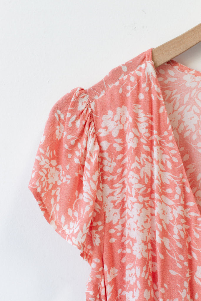 pink/white floral dress