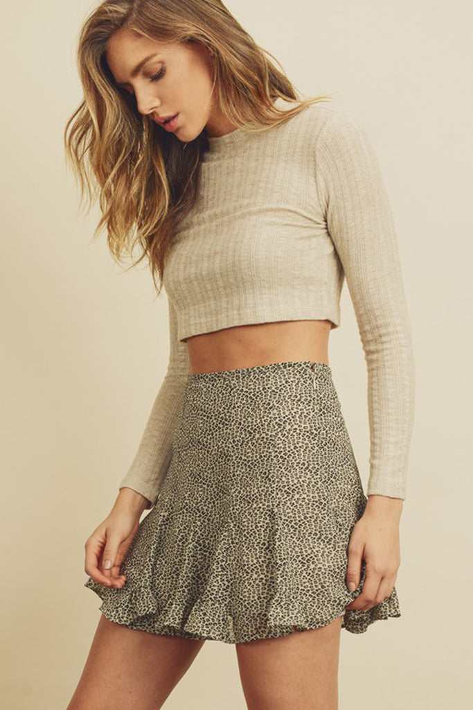 cream long sleeve crop top