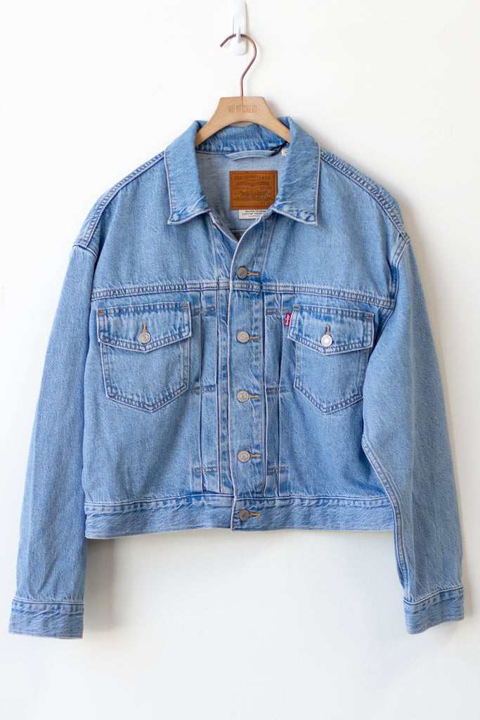 heritage trucker jacket by levis