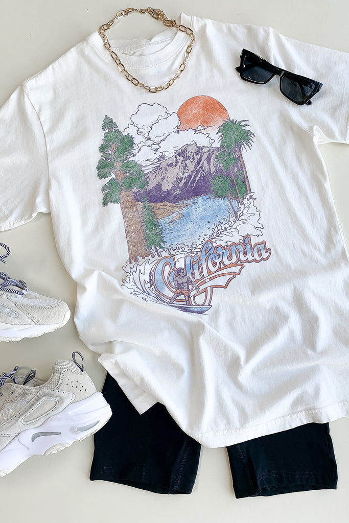 California Surf Graphic Tee