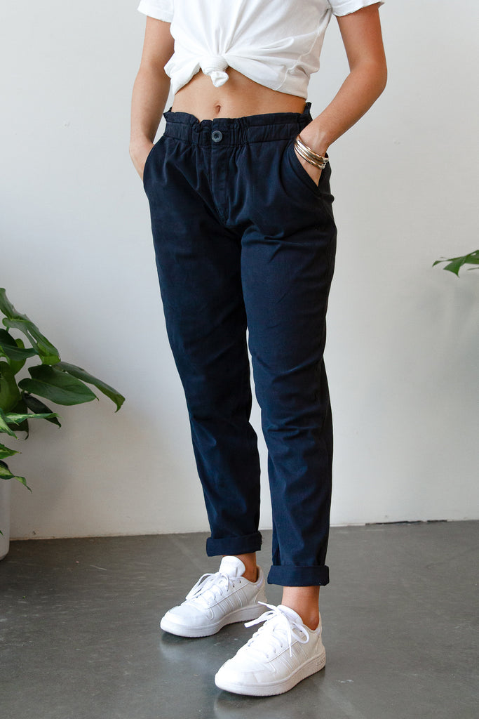 black pilea pants