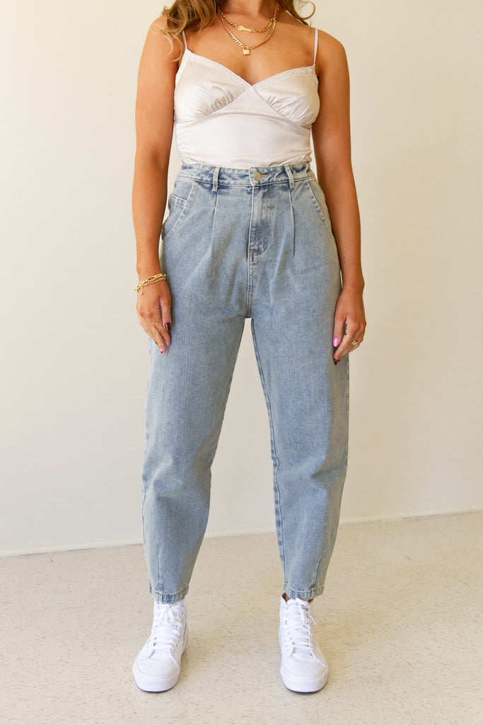 light wash high rise mom jeans