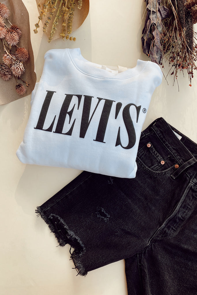501 Mid Thigh Shorts by Levi's