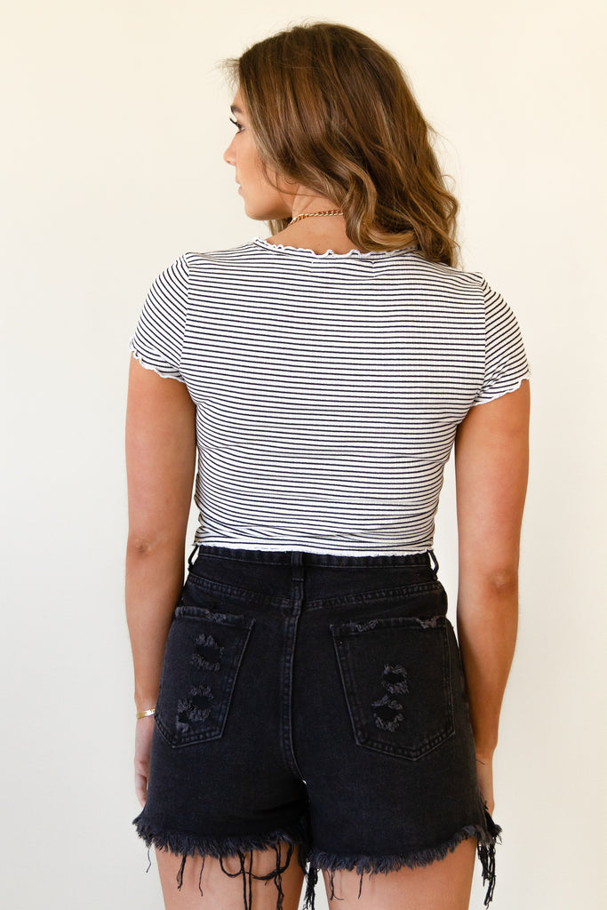 white/black short sleeve crop top