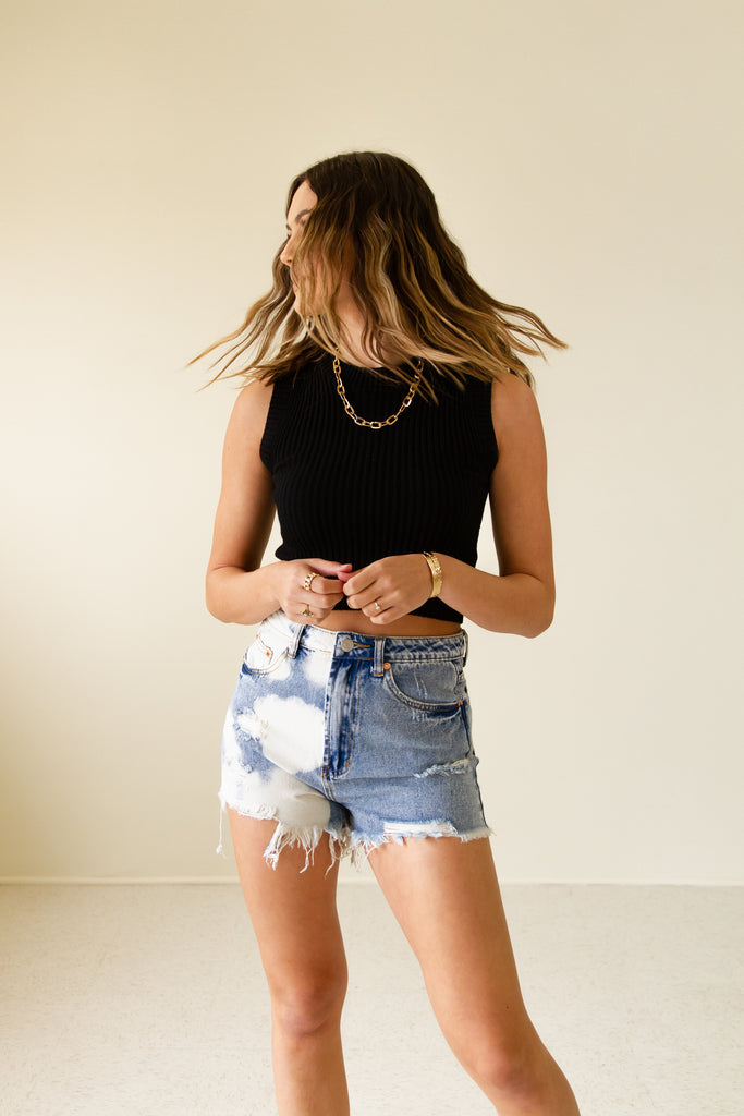 Going Around Bleach Denim Shorts