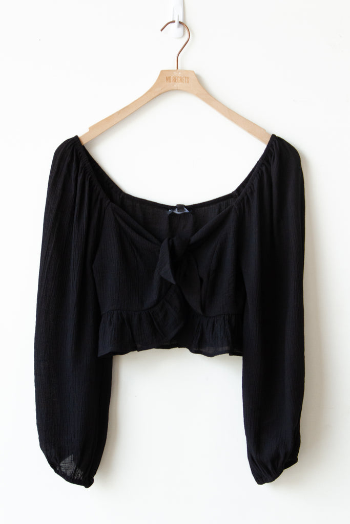 black self front tie crop top
