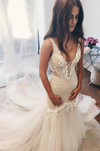 Beautiful Lace Tulle V-Neck Mermaid Ivory Sexy Sleeveless Wedding Dresses PM293