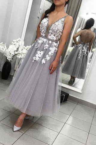 Elegant Gray V Neck Lace Tulle Prom Dresses, Criss Cross Tea Length Hoco Dresses H1046