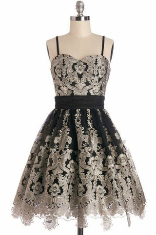 Simple Spaghetti Straps Black Tulle Vintage Homecoming Dress with Lace Appliques PW860