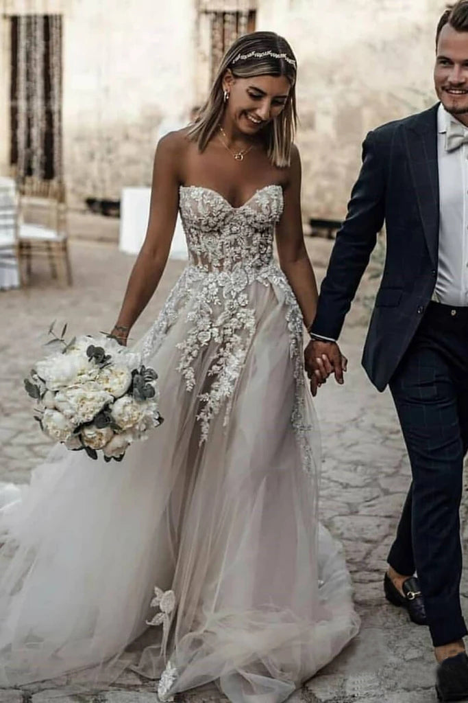 Sweetheart Strapless Lace Rustic Long Tulle Beach Wedding Dresses