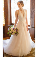Elegant A Line Lace Appliques Deep V Neck Backless Halter Tulle Beach Wedding Dresses uk PH858