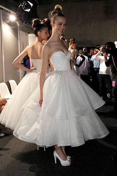 A Line Strapless Sweetheart Organza Tea Length Wedding Dresses, Prom Dresses W1213
