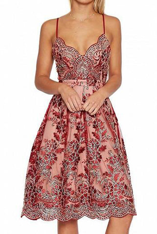 A Line Red V-neck Embroidery Scalloped Lace Appliques Spaghetti Straps Homecoming Dress PH643