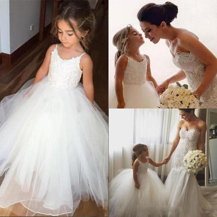 A Line Spaghetti Straps Lace Top Ivory Tulle Flower Girl Dresses For Wedding Party PH773