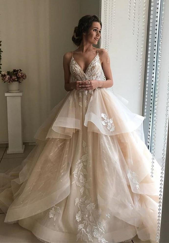 Spaghetti Straps V Neck Wedding Dresses with Layer, Sleeveless Wedding Gowns W1156