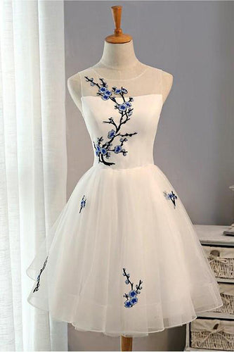 A Line White Embroidery Short Knee-length Tulle Sleeveless Open Back Homecoming Dress PM211