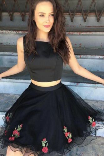 A Line Two Piece Square Short Black Knee Length Tulle Homecoming Dress with Appliques PH716