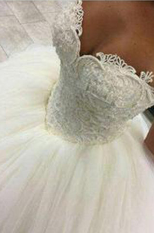 Gorgeous Pearls Ball Gown Sweetheart Lace Applique Beads Tulle Princess Wedding Dress PW241