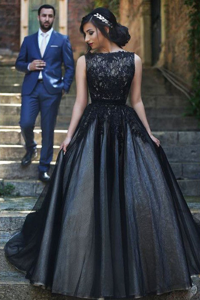Round Neck Black Lace Sleeveless Tulle Long Ball Gown Prom Dresses