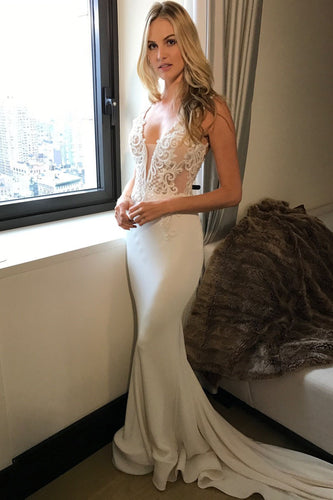 2017 Long Princess Mermaid V-Neck Sleeveless Lace Sexy Ivory Wedding Dresses PM23