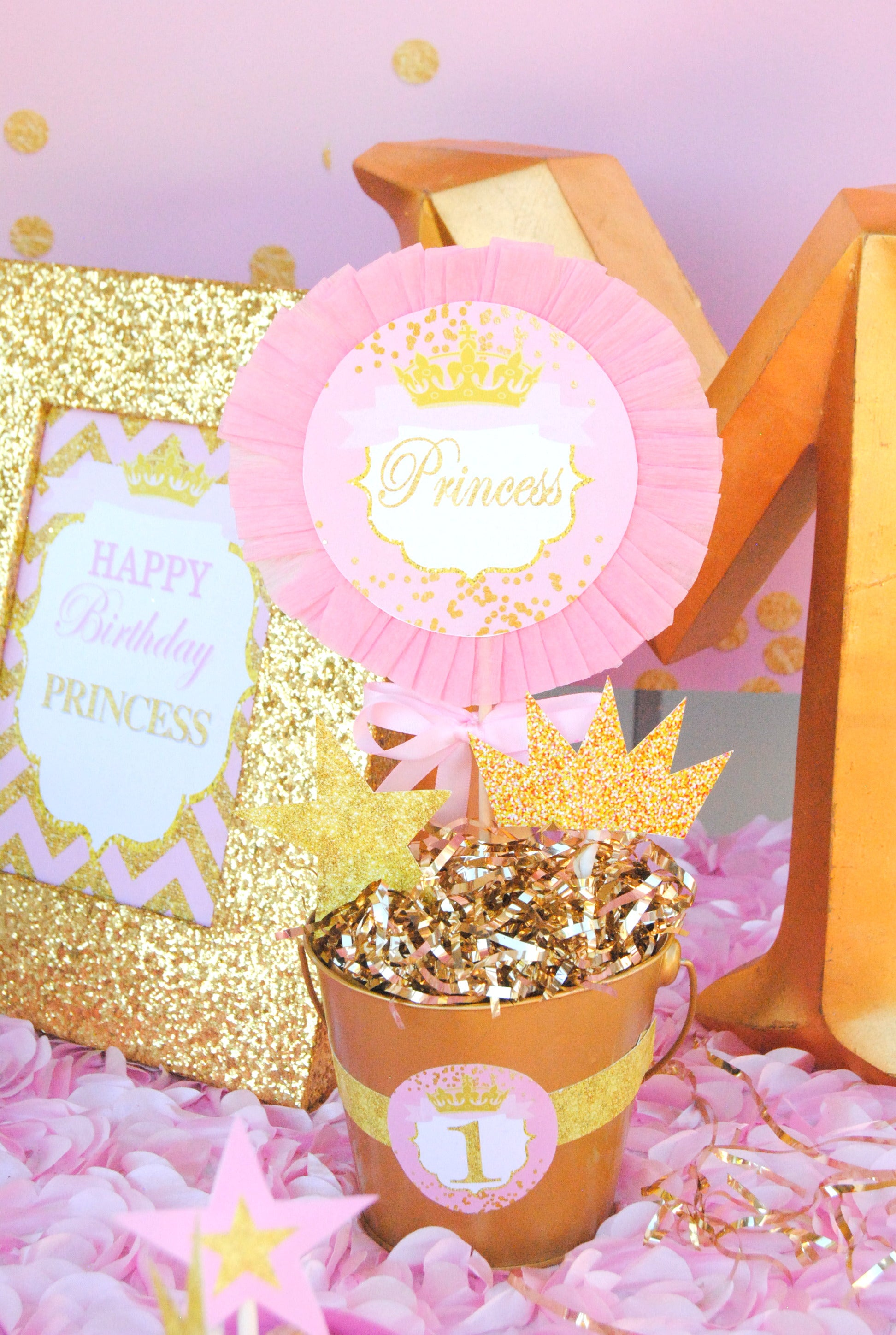 She Leaves Sparkle Sparkle Printables Pink and Gold – Krown