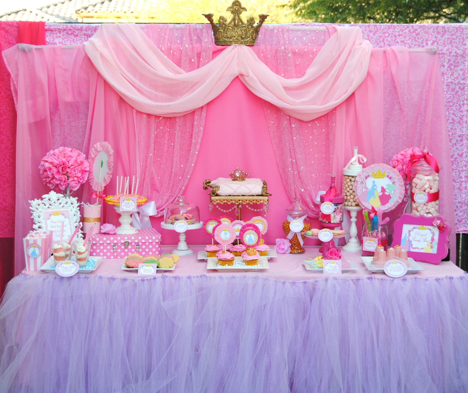 Princesses party girls birthday party pink printables for Princess birthday party crafts