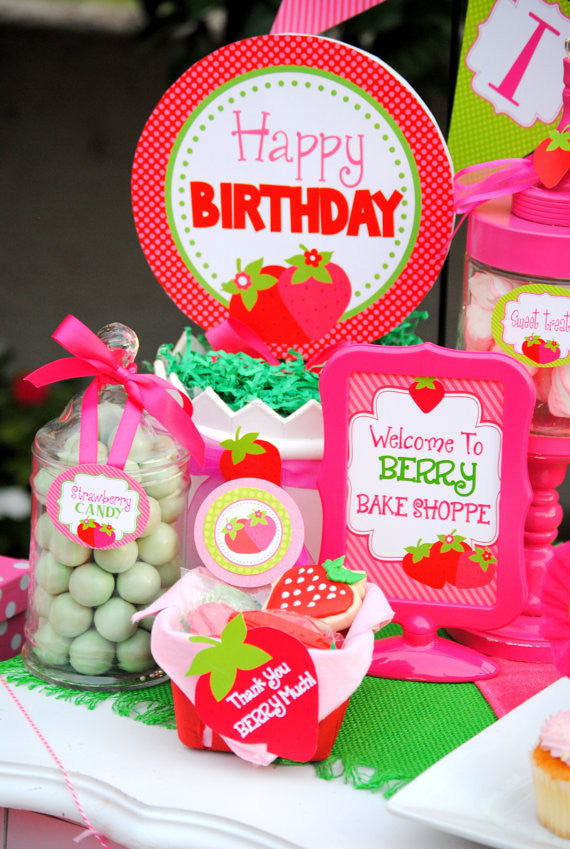 STRAWBERRY Party- Strawberry Centerpiece- BURSTS