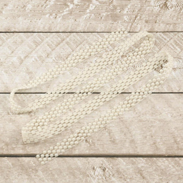 Couture Creations - Special Occasions Collection - Pearlised Lace Trim (ULT157896)