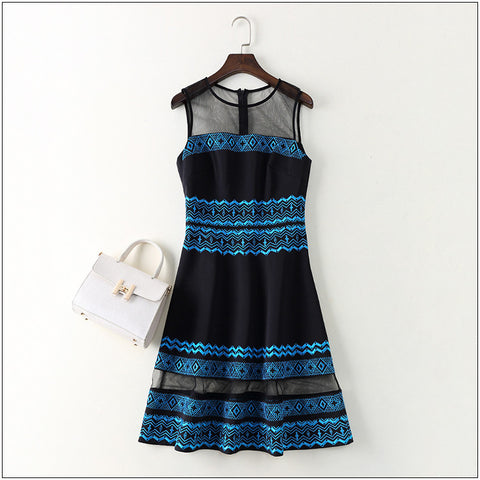 New 2017 fashion blue patterns embroidery women elegant dress