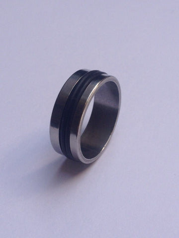 DOUBLE BLACK NARROW STRIPE SILVER BAND RING
