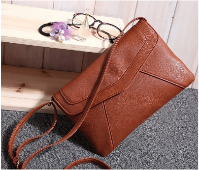 Women's Leather Vintage Cross body Shoulder Bag