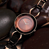 Fashionable bracelet wristwatch