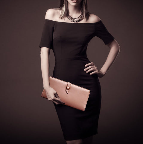 Simple and elegant clutch