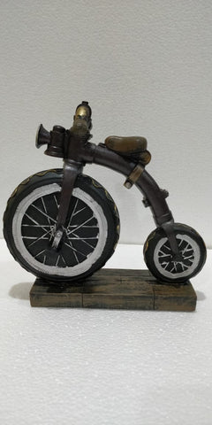 High wheel style bicycle statue of 19th century