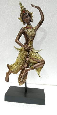 Beautiful Sri nuan thai traditional dancer statue