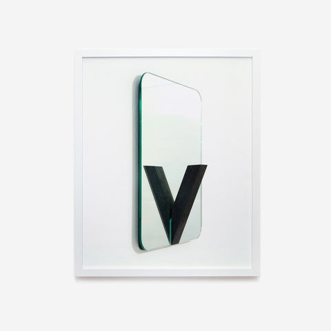 Designing letters | V by Chiara Moreschi
