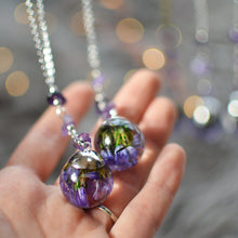 Load image into Gallery viewer, purple Sea Lavender necklace with amethyst