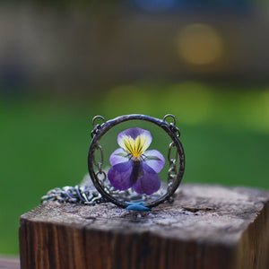 botanical necklace - Pressed Pansy/Viola