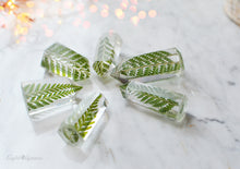 Load image into Gallery viewer, Handmade Mini Fern Crystal - set of 6 psc