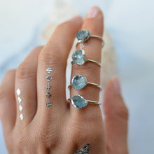 Load image into Gallery viewer, Raw blue Aquamarine silver ring