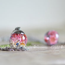 Load image into Gallery viewer, Floral Terrarium sphere necklace